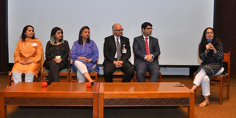 Seminar sheds light on Pakistan's unusual suicide problem